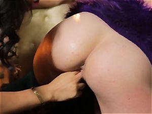 super-fucking-hot sexy lesbians Asa Akira and Aiden Ashley