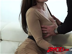 Kendra zeal attacks a humungous booty bone with all her slots