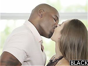 Darling Dani Daniels prepped to attempt out a ebony chisel inside her