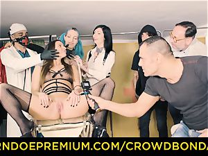 CROWD bondage obedient Amirah Adara first-ever time bdsm
