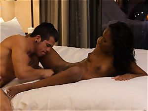 slurping out ebony hotty Ashley pink in hotel room