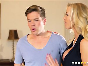 Rebecca More flashes Mia Malkova how to gargle prick