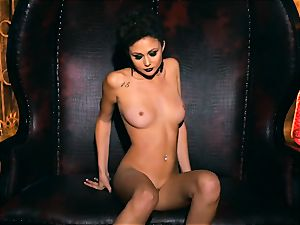 slim puny Ariana Marie super-sexy rubber solo getting off