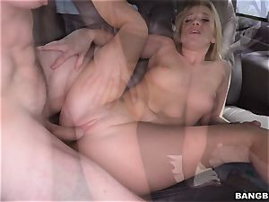 Bailey Brooke romped on the Bangbus