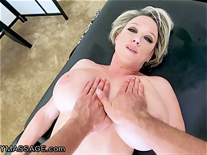 FantasyMassage milf Dee Williams pov splatter massage