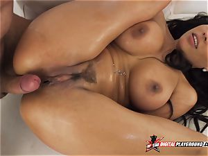 anal invasion penetration in Luna star