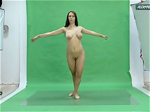 enormous mammories Nicole on the green screen opening up