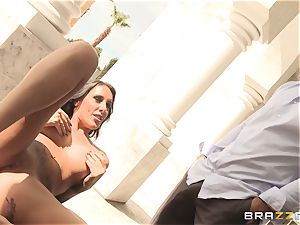 horny housesitter Austin Lynn porks the boy of the mansion