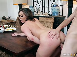 lustful phat funbag mummy Kendra eagerness chooses her daughter's young boyfriends