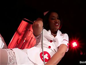 supah red-hot nurse skin Diamond gives a jaw-dropping taunt