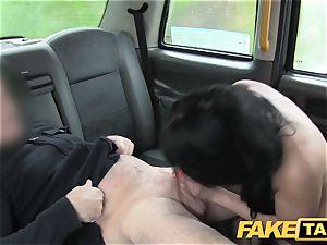 faux taxi Local hooker screws cab fellow