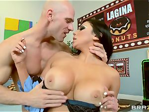 huge-titted police officer Audrey Bitoni penalizes cunning Johnny Sins