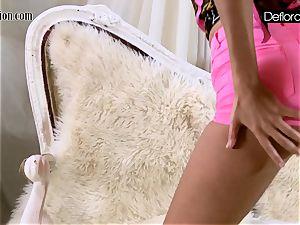 steamy masturbation In pink undies