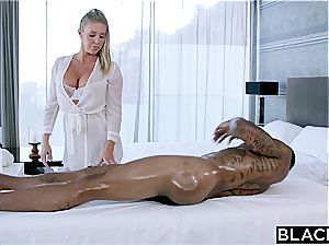 Fit salami for lustful Samantha Saint and her tight cunny