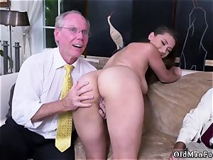 parent acquaintance s associate unexperienced xxx Ivy impresses with her huge funbags and backside