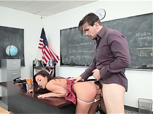 Amara Romani is rammed by the teacher throughout his desk