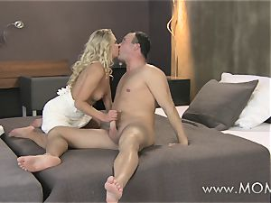mummy blondie milf bangs her fellow