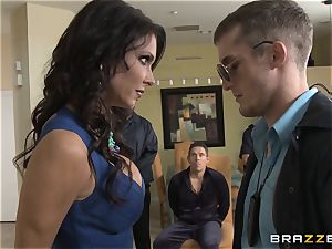 Criminals wife Jessica Jaymes ravaged by a torrid cop