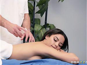 sensuous massage turns into a voluptuous penetrate
