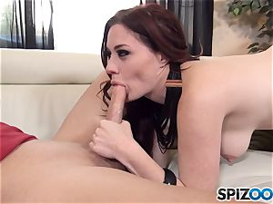 brunette Jessica Ryan takes it deep in her pussyhole after super hot puss licking