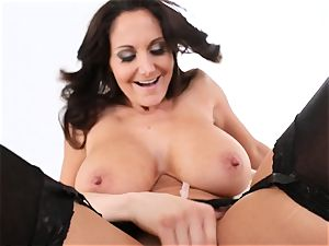 mummy Ava Addams gets her face coated in spunk