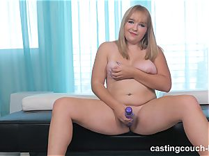 chubby sweetie Dee arrives to the CastingCouch HD