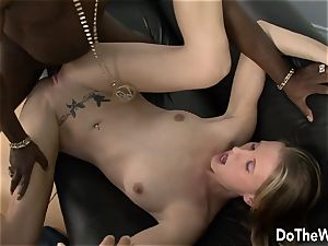 Cuck observes wife Aspen Blue worship big black cock