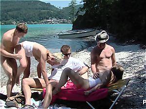 fucky-fucky by the lake