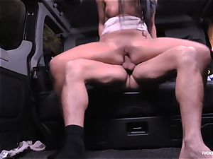 poked IN TRAFFIC - horny Daphne Klyde backseat fuck