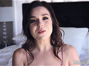 Juliette enjoys blow dt In pov