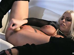 Britney Amber playthings in her cunt